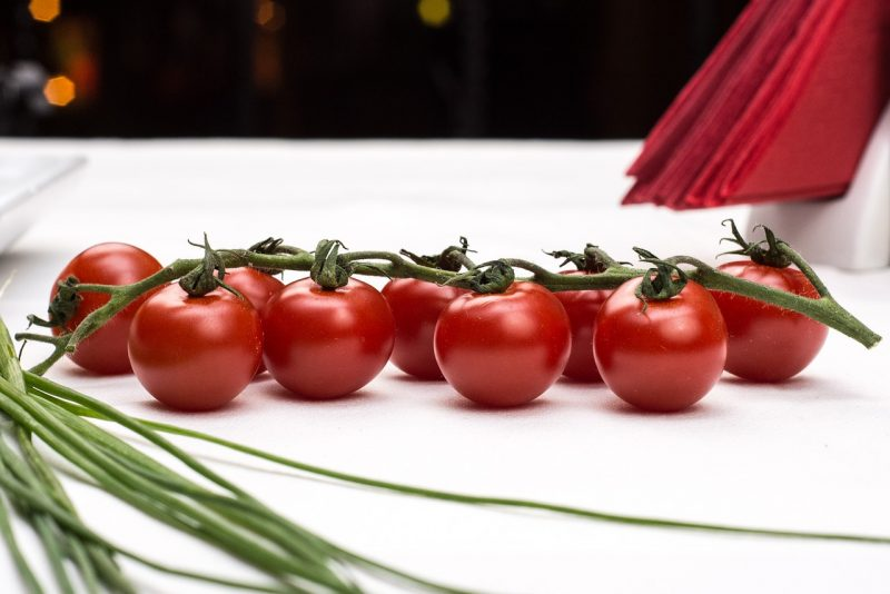 best cherry tomato, cherry tomatoes, peacevine cherry tomatoes