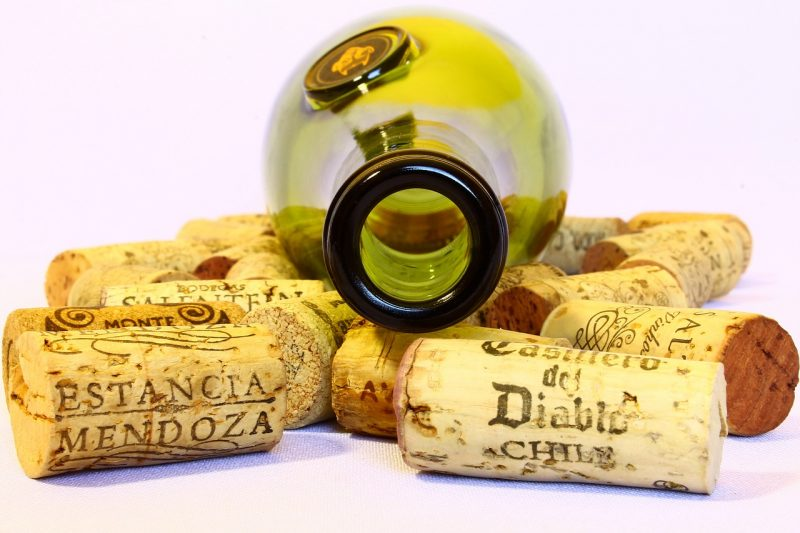 Corks for your elderberry wine