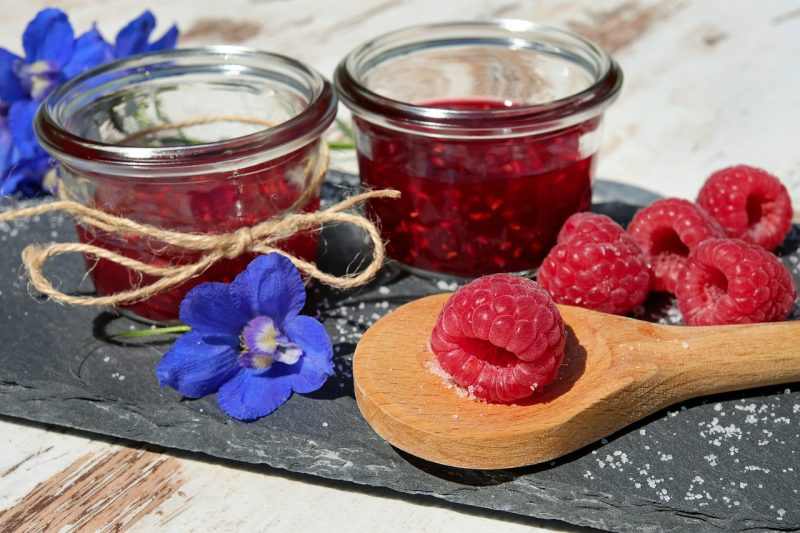Berry jam and preserves