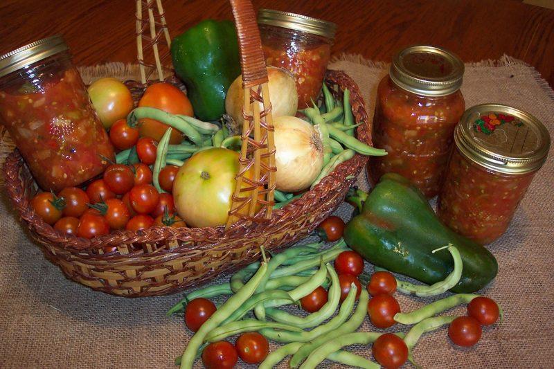 Canning tomatillos salsa
