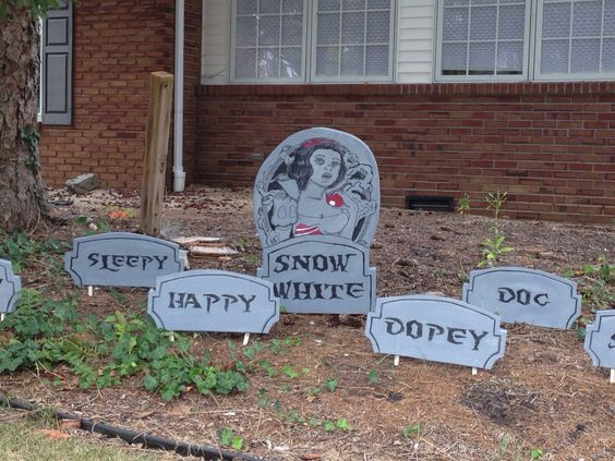 Snow White Halloween Graveyard