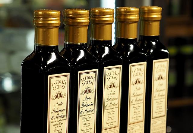 Vinegar is a powdery mildew treatment