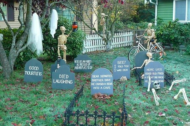 Fun Halloween Graveyard Ideas