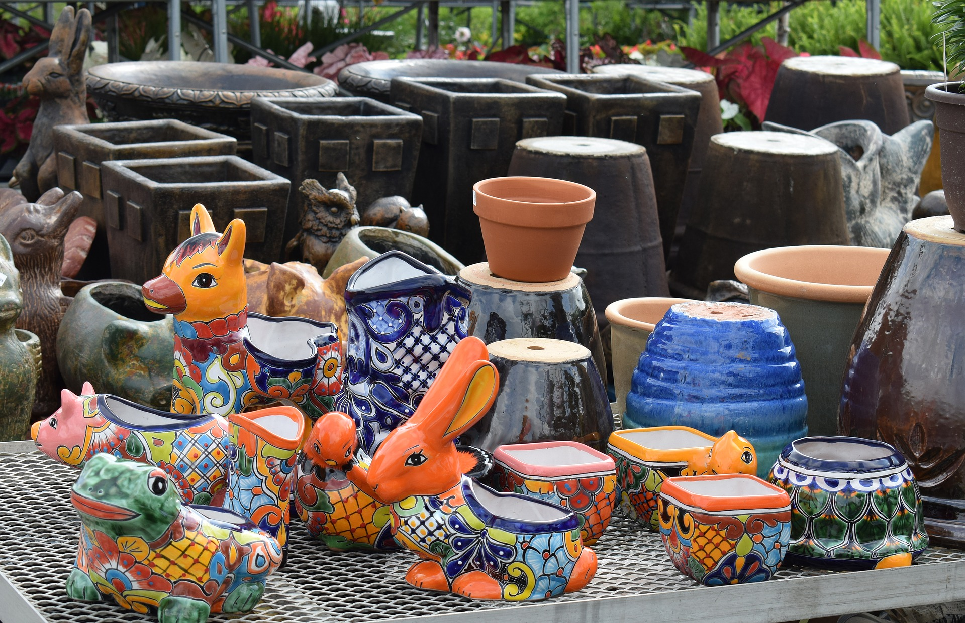 30 Decorative Pot Painting Ideas to Brighten Up Your Garden