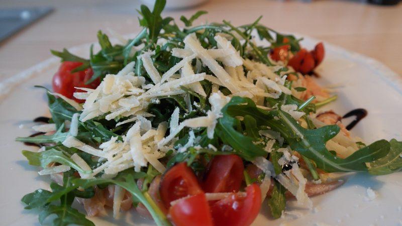 Rocket lettuce salad