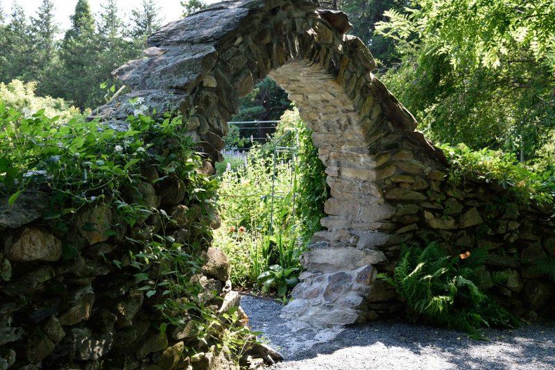 Tropical garden focal points